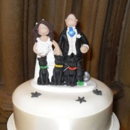 3-cats-on-cake-topper