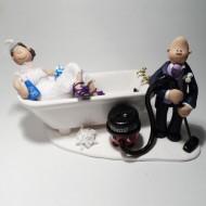 bath-henry-hoover-cake-topper