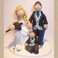 bride-groom-horseriding-light-sabre-cake-topper