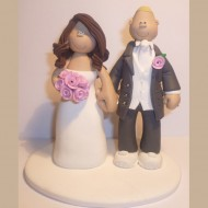 bride-groom-in-trainers-cake-topper