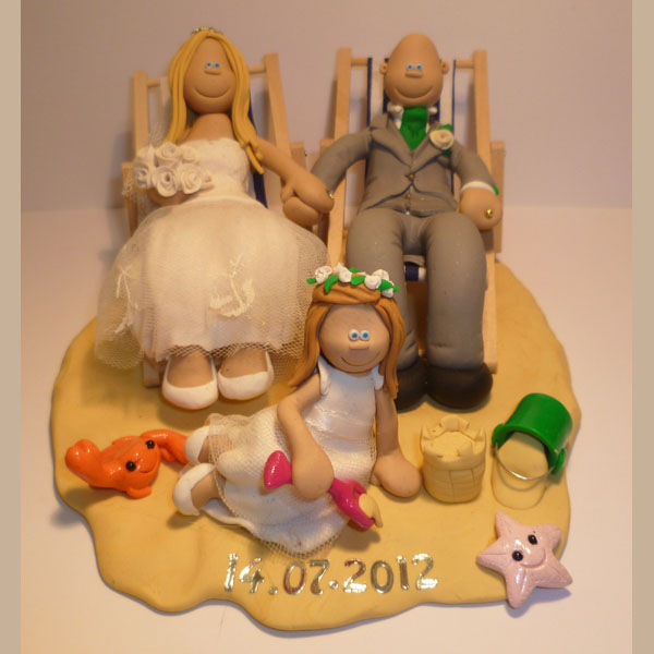wedding cake toppers bride groom daughter themed wedding cake toppers totally toppers 26425
