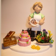 cake-making-flower-arranging-cake-topper