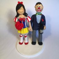 clown-wedding-cake-topper