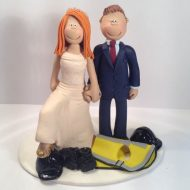 http://www.totallytoppers.com/wp-content/uploads/construction-workers-cake-topper.jpg