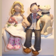 dog-licking-cake-topper