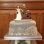golf-wedding-cake-topper