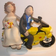 groom-on-motorbike-cake-topper