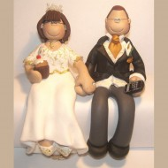 iphone-cupcake-wedding-cake-topper