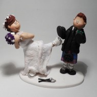 kickboxing-wedding-cake-topper