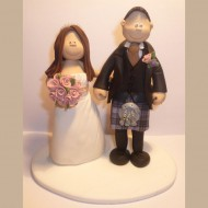 kilt-lifting-cake-topper