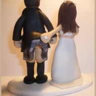kilt-lifting-wedding-cake-topper
