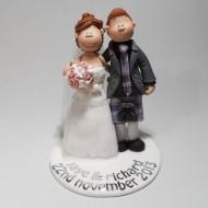 kilt-wedding-cake-topper