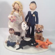large-family-cake-topper-2-dogs-2-cats