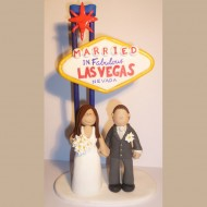 las-vegas-themed-wedding-cake-topper