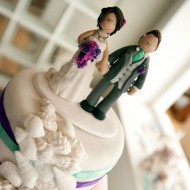 love-topper-on-cake