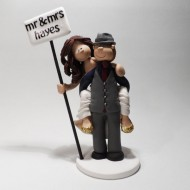 piggy-back-cake-topper