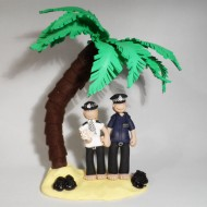 police-cake-topper-on-the-beach
