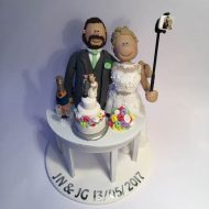 selfie-stick-wedding-cake-topper