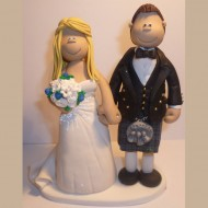 traditional-scottish-wedding-cake-topper